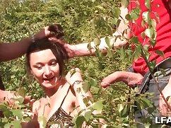 Macho se folla a un turista bronceado con videos xxx de maduras lesbianas gafas por el culo
