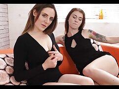 Sexo lesbianas jovenes con viejas con dos en un columpio.