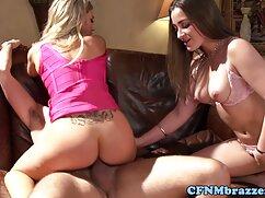 Macho con tatuajes en el cuerpo golpea a una videos lesbicos de mujeres maduras dama con grandes ordeños en su coño