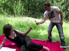 Chica flaca se videos de lesbianasmaduras folla a su novio en el suelo