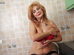 Jefe se folla lesbianas maduras videos xxx a la secretaria tetona en el coño perforado