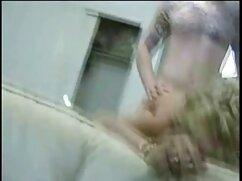 Hakhal se folla a una zorra rusa con un mono blanco y videos de maduras lesbianas gratis una gran polla en el culo