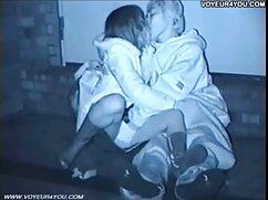 Jóvenes estudiantes follan por todos los agujeros. videos maduras lesbianas xxx